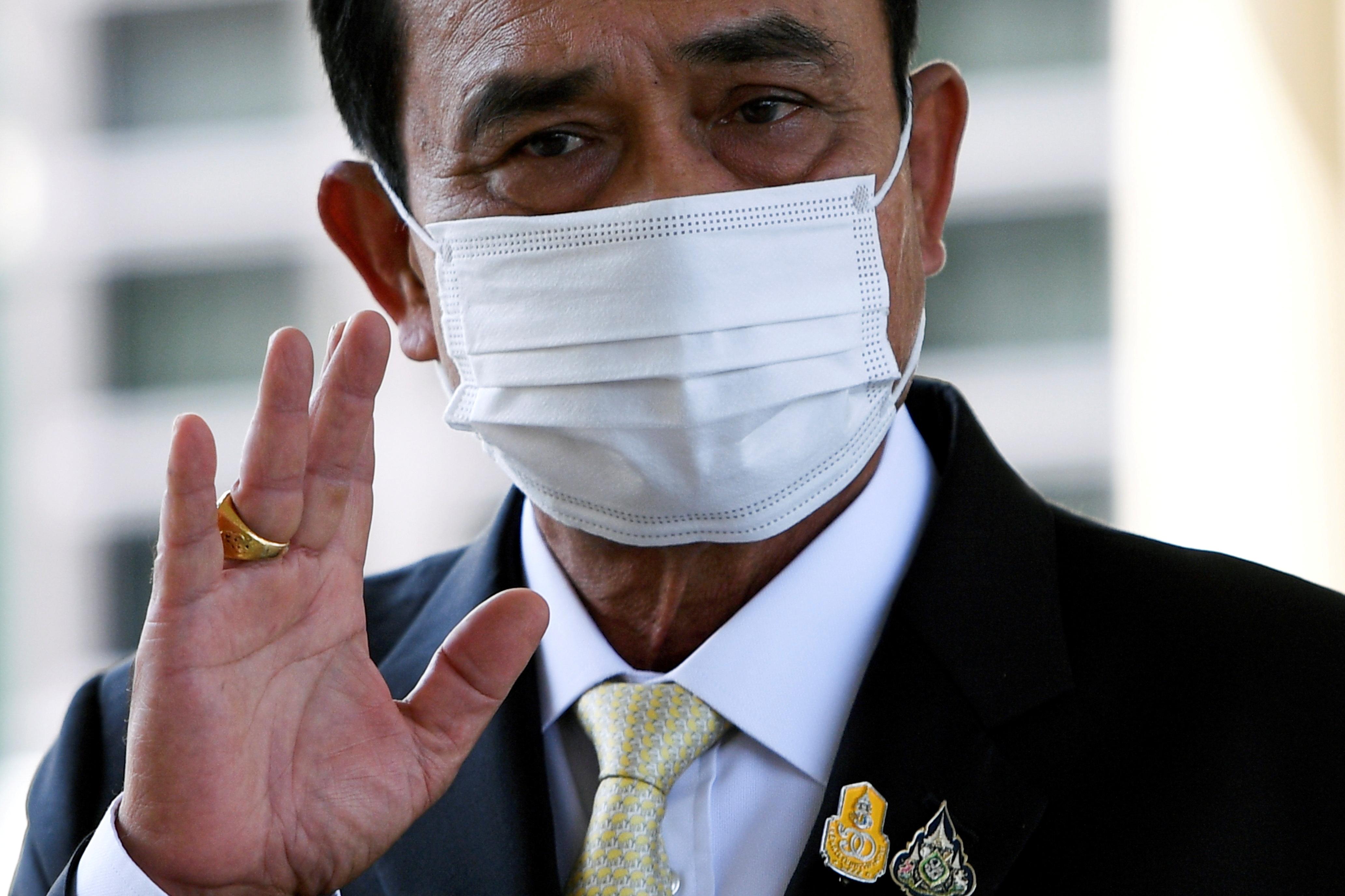 泰国首相巴育订立目标,要在4个月内全面开放边境,以拯救经济和旅游业。-路透社-