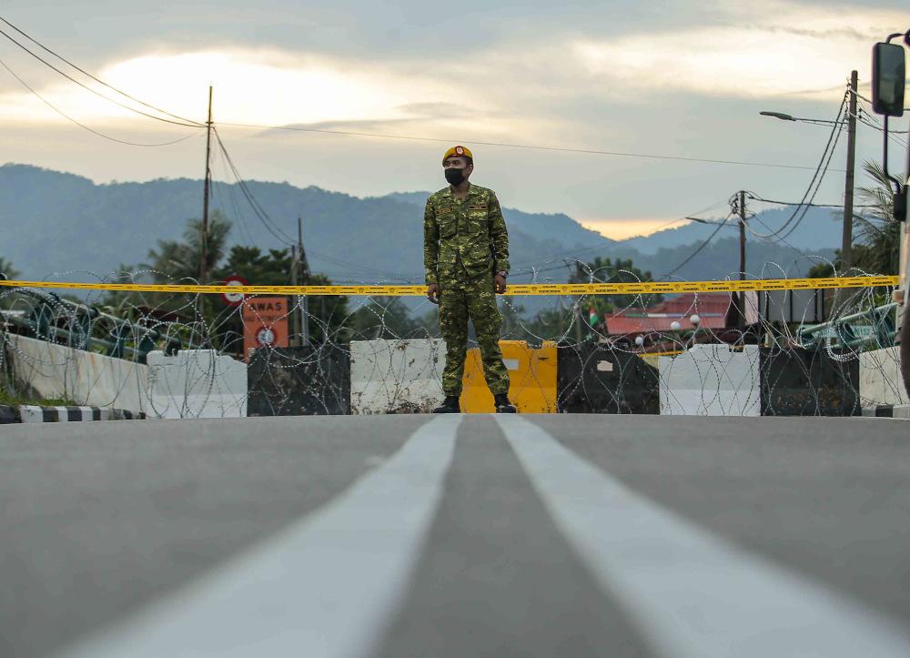 National Security Council (MKN) director-general Datuk Rodzi Md Saad said in Sabah, the EMCO will involve Kampung Tinongian and Kampung Karagasan in Ranau and Base Camp Bornion Timber Sdn Bhd at Batu 46, Tulid, Keningau. — Picture by Farhan Najib