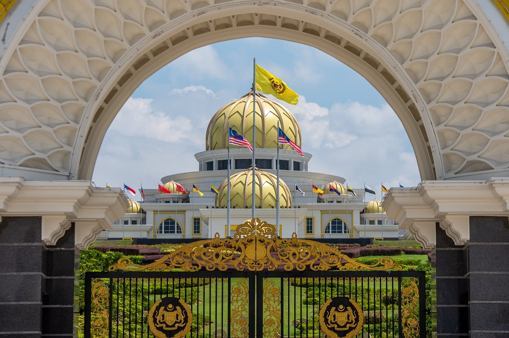 The 19-member committee, headed by former Chief Justice Tun Arifin Zakaria is tasked with advising the Yang di-Pertuan Agong when it would be feasible to lift the Emergency ahead of its scheduled end on August 1. — Picture by Shafwan Zaidon