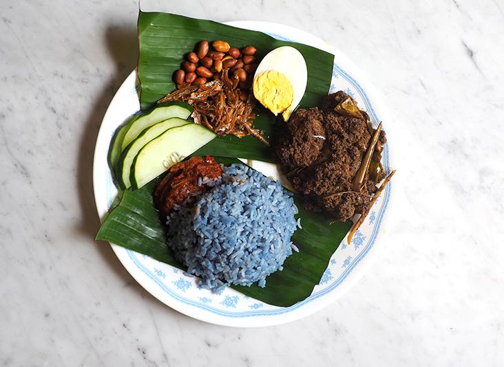 The perennial favourite 'nasi lemak' is paired with a rich 'buah keluak' lamb 'rendang'