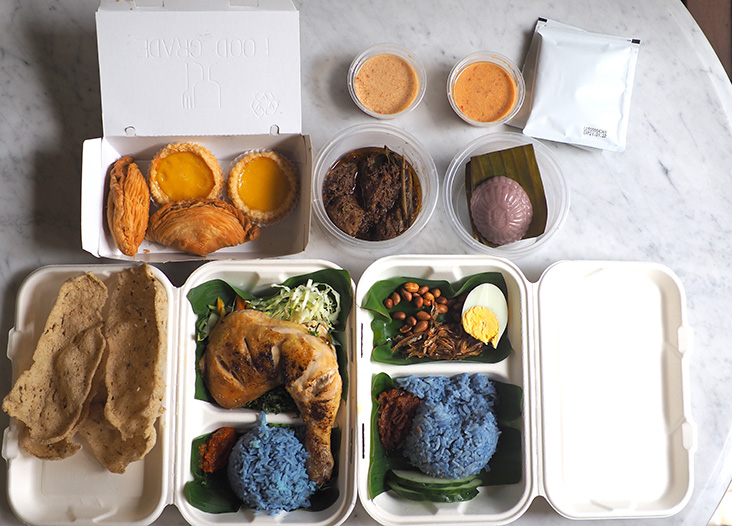 The set meals are good enough for lunch and an afternoon teatime treat with a cup of coffee