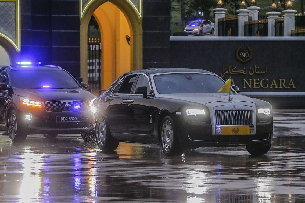 After the special meeting of the Conference of Rulers, a car carrying the Sultan of Kedah, Sultan Sallehuddin Ibni Almarhum was seen leaving Istana Negara, June 16, 2021. ― Picture by Hari Anggara. Sultan Badlishah