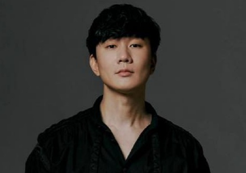 Singaporean singer JJ Lin's cafe in Taiwan has applied for a financial bailout from the government due to Covid-19 pandemic. ― Picture via Facebook/ 林俊傑 JJ Lin