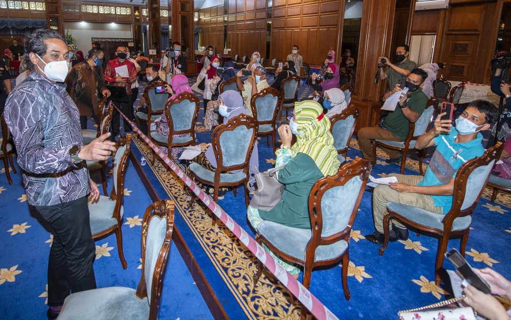 National Covid-19 Immunisation Programme Coordinating Minister Khairy Jamaluddin however said the total vaccine to be distributed to Kelantan will be announced later after the government had acquired the vaccine next month. — Bernama pic