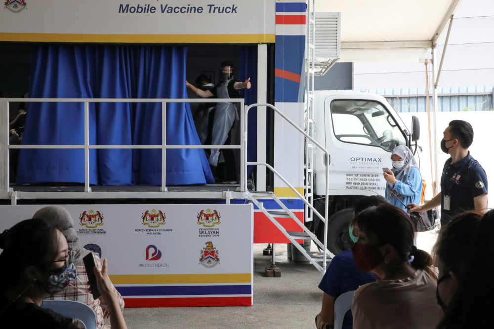 Shots on wheels: Malaysia goes mobile with mass Covid-19 vaccine rollout |  Malaysia | Malay Mail