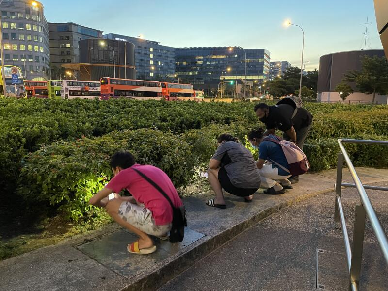 A Singaporean TikToker had residents of the republicsearching for money he left behind at public transport stations. ― Picture via Facebook/ Shin Min Daily News
