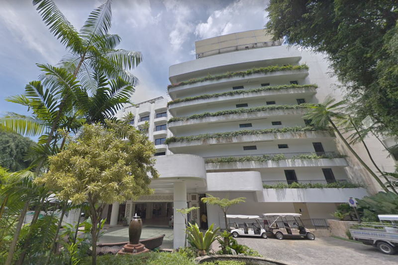 Jin Chensu is accused of leaving her Shangri-la Rasa Sentosa hotel room without a face mask on, climbing up to the balcony of another room and staying there for about five minutes. — Google Map screengrab