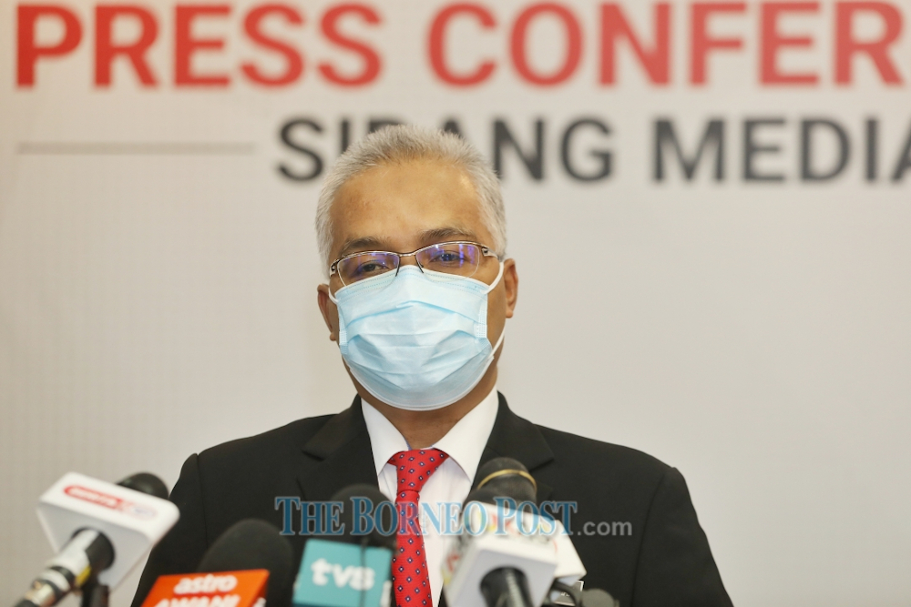 Datuk Dr Mohamed Sapian Mohamed. — Picture by Chimon Upon/Borneo Post