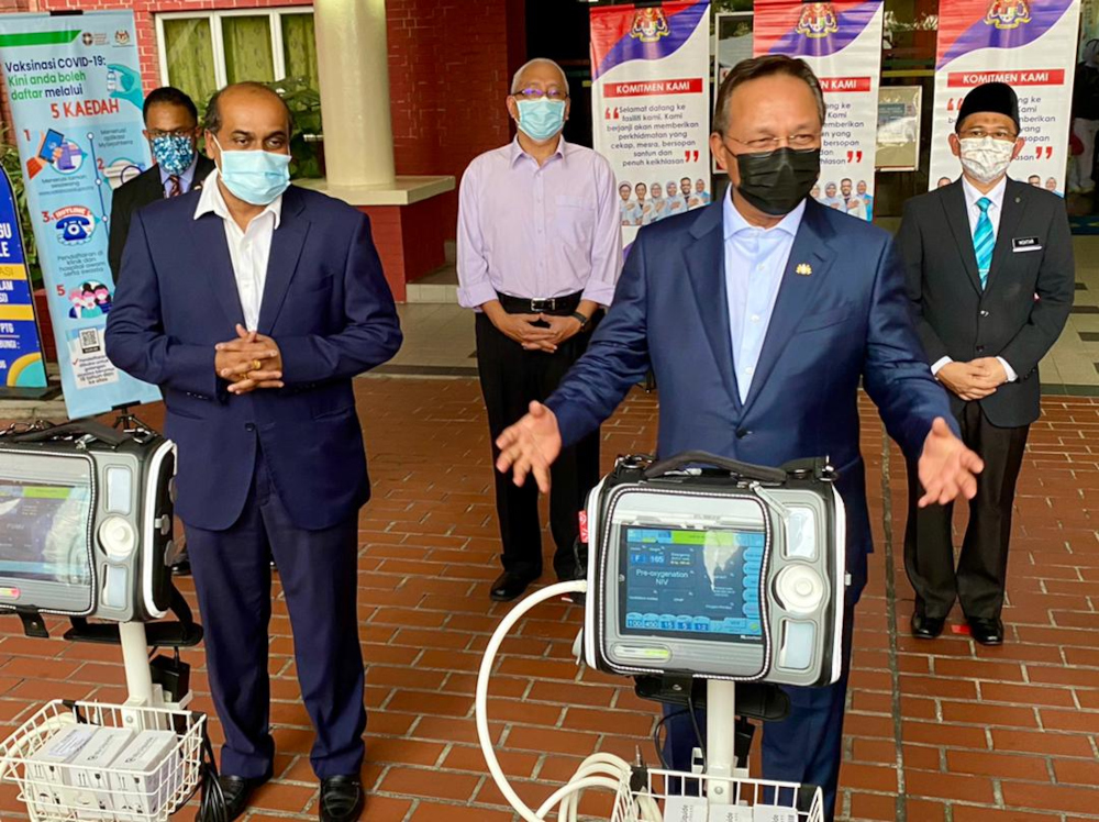 Johor Mentri Besar Datuk Hasni Mohammad after the handing over ceremony of ventilators at the Sultanah Aminah Hospital (HSA) in Johor Baru, July 7, 2021 — Picture by Ben Tan