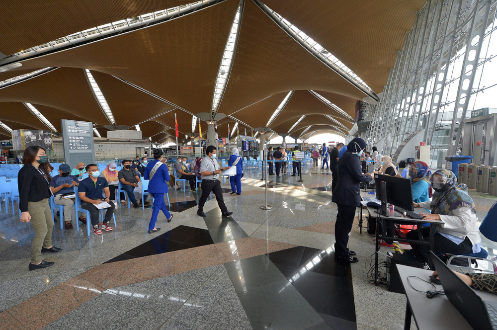 The KLIA PPVIN initiative was undertaken because airports remained in operation although the country's borders were closed in the wake of the Covid-19 pandemic, Malaysia Airports chairman Datuk Seri Zambry Abd Kadir said in a statement today. — Bernama pic