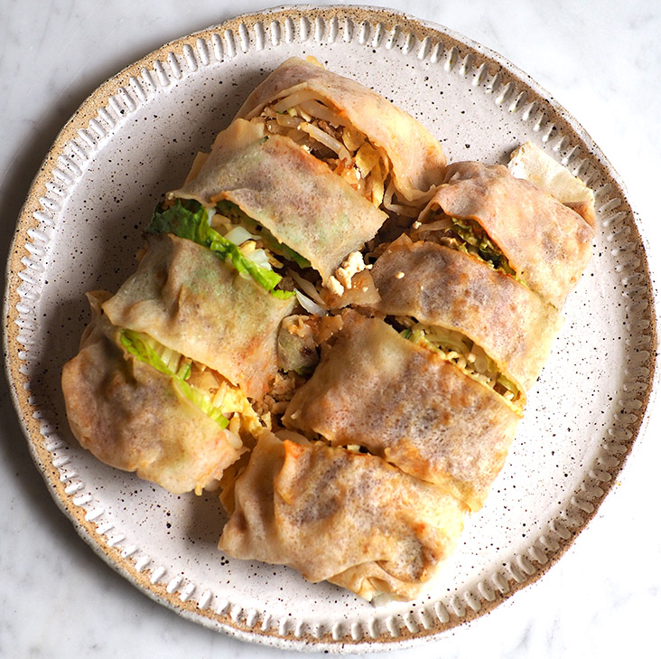 If you do a takeaway, you can get 'popiah' to accompany your meal.