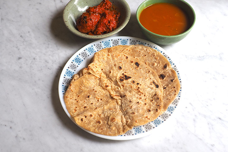Pair your 'chapati' with chicken and dhal for a satisfying meal