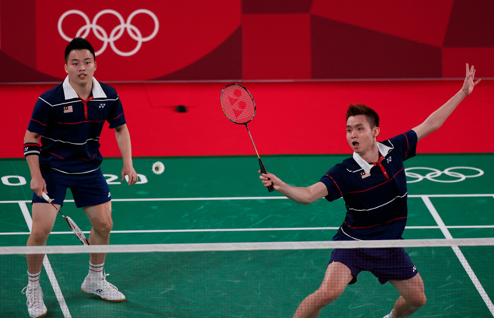 Aaron Chia, who together with Soh Wooi Yik form the main doubles pairing for the two tournaments, advised the younger players who will be named by BAM to be in the national squads not to feel nervous, but instead give their best by fighting hard. — Bernama pic