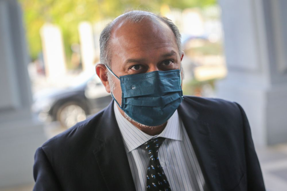 Puchong MP Gobind Singh Deo said whenever a PDRM officer is charged with corruption, MACC chief Datuk Seri Azam Baki says the matter will be handled internally. — Picture by Yusof Mat Isa