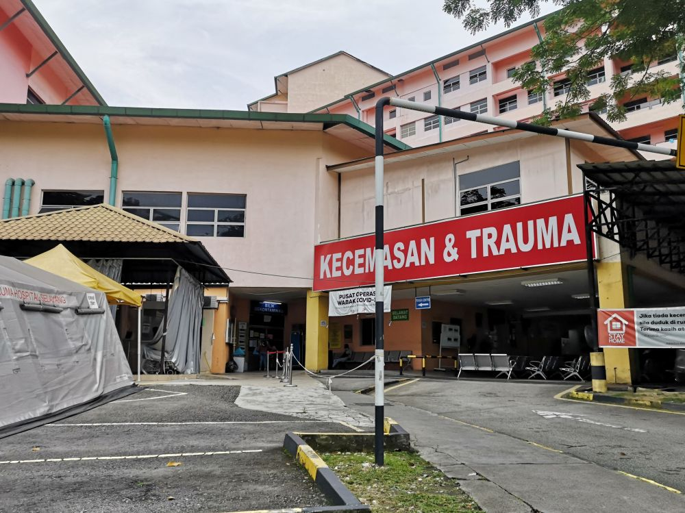 A general view of Hospital Selayang's Emergency Department July 9, 2021. — Picture by Shafwan Zaidon