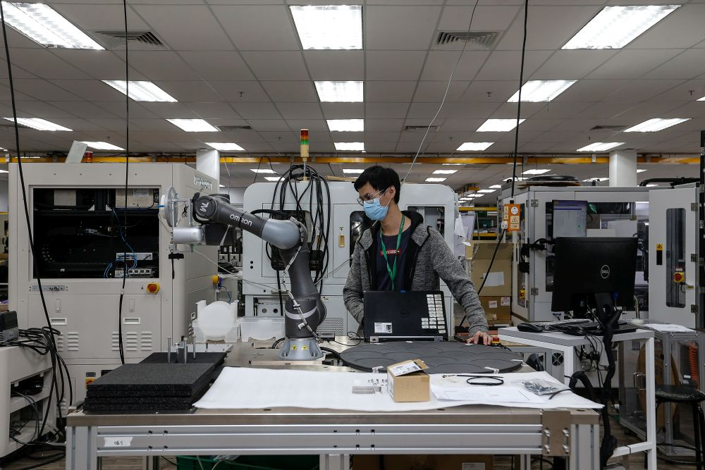 The export growth was contributed mainly by robust demand for electrical and electronic products, Lim said. — Picture by Sayuti Zainudin