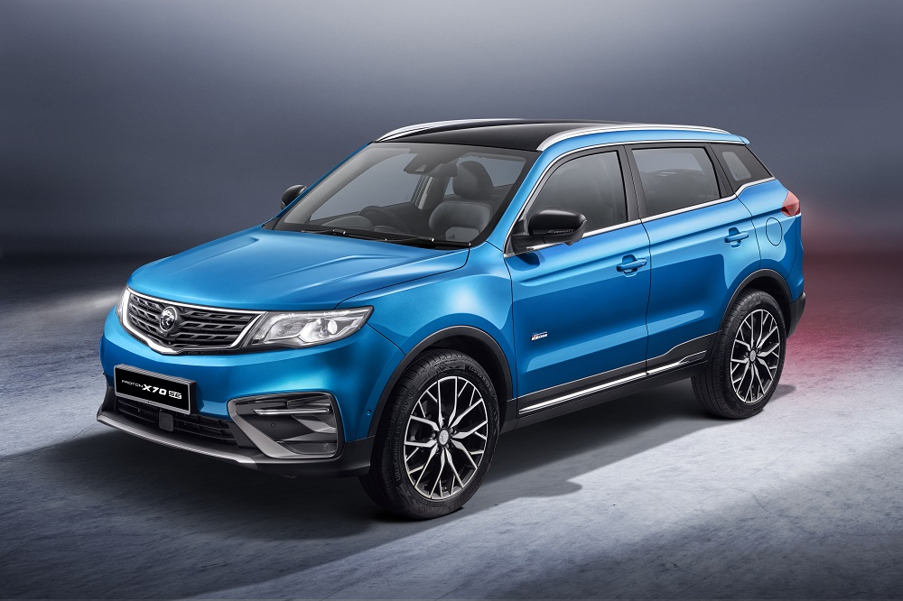 The Proton X70 special edition variant is available in exclusive ocean blue, a new addition to the colour palette, and ruby red. ― Picture courtesy of Proton