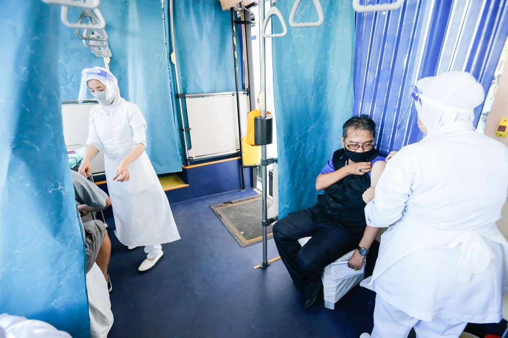 The Community Vaccine Mobilisation (Movak) programme will deploy its mobile units to rural areas throughout the country. — Picture by Sayuti Zainudin