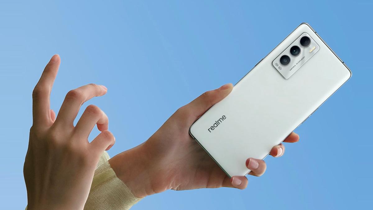 大马Realme(Realme Malaysia)即将推出Realme GT大师版(Master Edition)和安卓首款磁性无线充电器Realme MagDart。-图摘自Soya Cincau-
