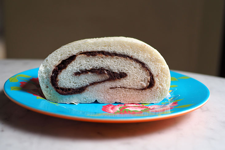 If you prefer a less sweet tasting version, there's red bean paste ('tau sar') pillow bun sourced from Sitiawan's San Fu