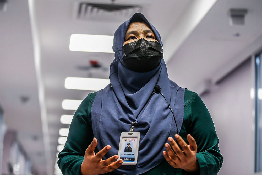 UMMC chief nursing officer Hasimah Zainol looks after 2,390 nurses to ensure all the patients receive the much-needed care. — Picture by Hari Anggara