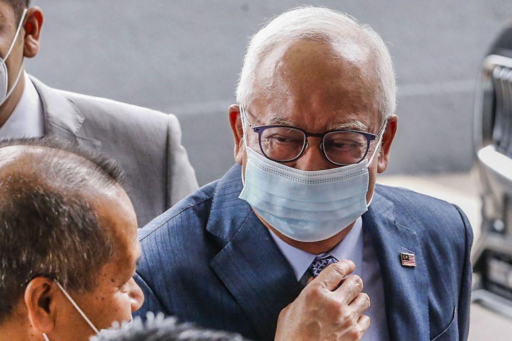 Datuk Seri Najib Razak is pictured at the Kuala Lumpur High Court August 23, 2021. ― Picture by Hari Anggara