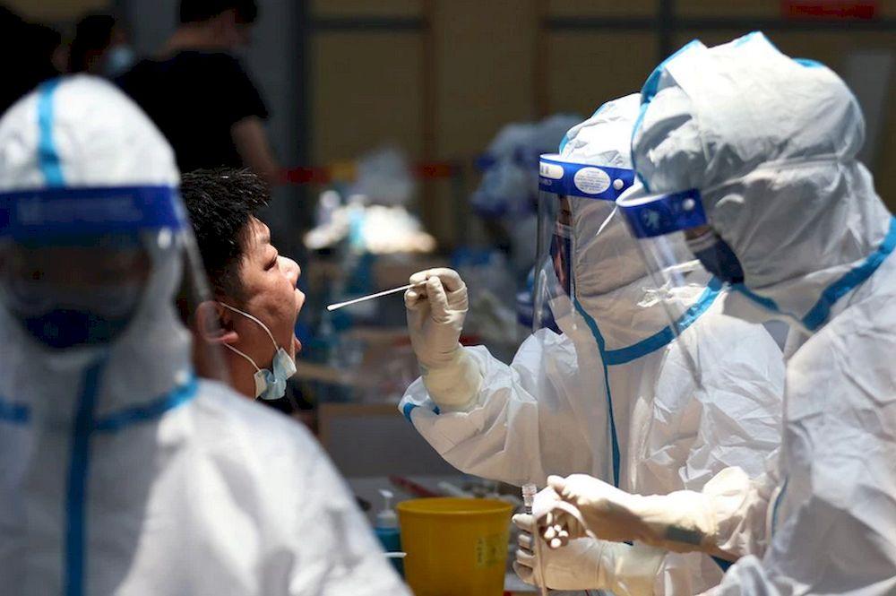 中国新增73宗确诊病例,包括23宗境外输入病例。-路透社-