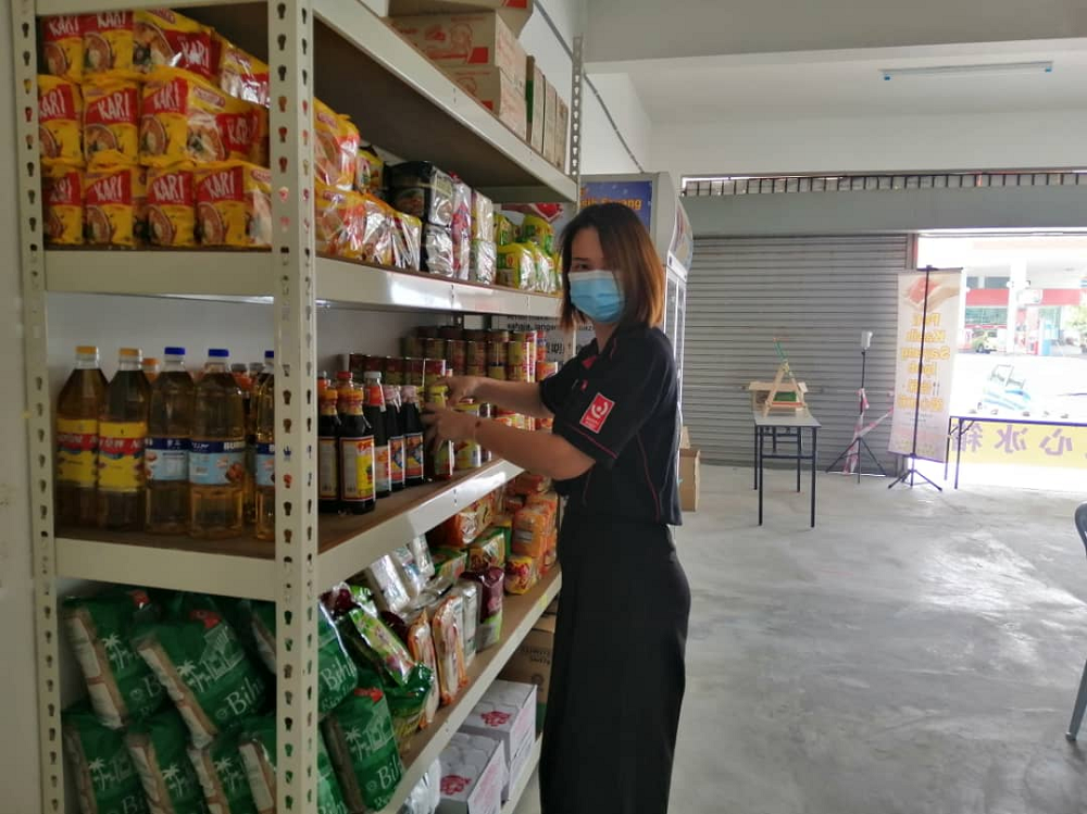 Peti Kasih Sayang Ipoh founder Yvonne Heng said they decided to relocate to Falim as over the years, too many organisations turned up to help Pasir Pinji people. ― Picture by Sylvia Looi
