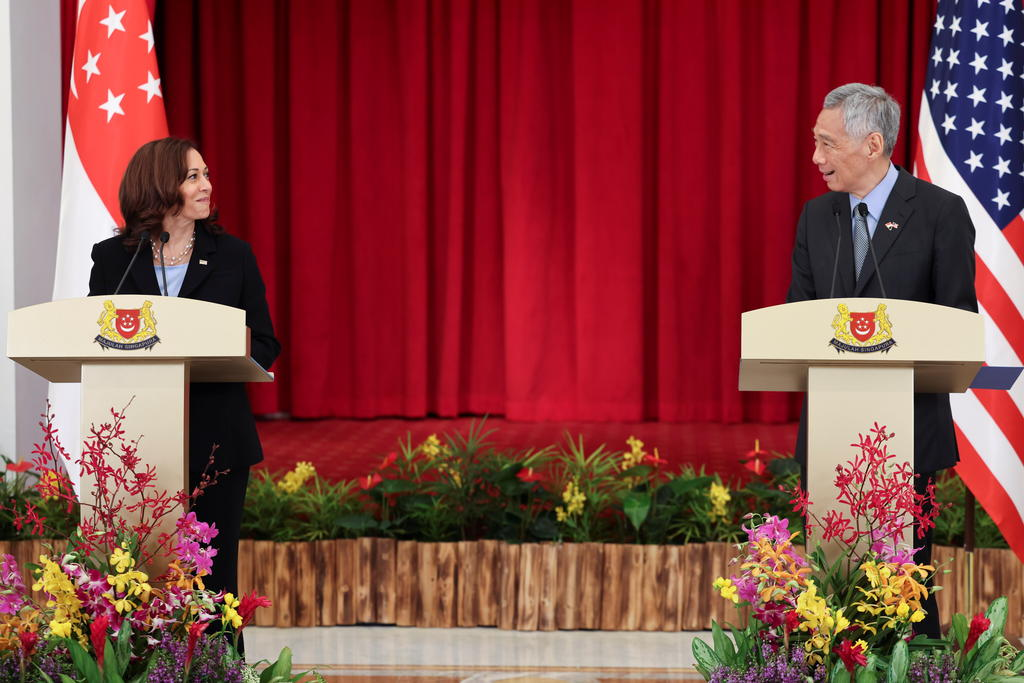 United States Vice President Kamala Harris and Singapore's Prime Minister Lee Hsien Loong hold a joint news conference in Singapore August 23, 2021. ― Reuters pic