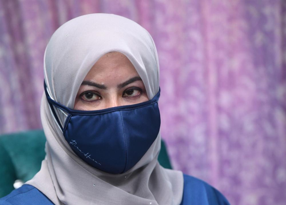 Datuk Seri Rina Mohd Harun is seen at the Poko Sena Children's Home in Kedah, August 13, 2021. — Bernama pic