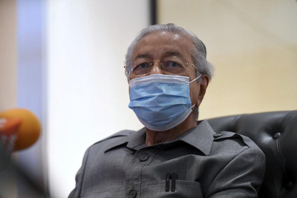 Langkawi MP Tun Dr Mahathir Mohamad speaks during a press conference in Langkawi September 18, 2021. — Bernama pic