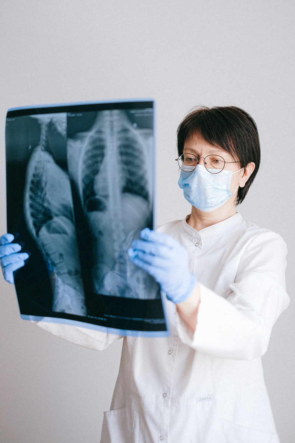 Health experts are calling for more partnerships between private and public health sectors following a drop in turn up rates for cancer screening amidst the Covid-19 pandemic. — Picture from Pexels.com