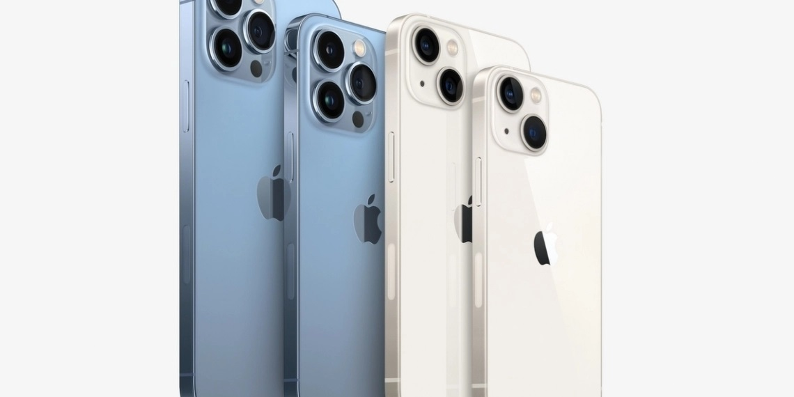 Similar to the previous generation, there are a total of 4 models which include the iPhone 13 mini, iPhone 13, iPhone 13 Pro, and the iPhone 13 Pro Max. — Picture courtesy of Apple via SoyaCincau