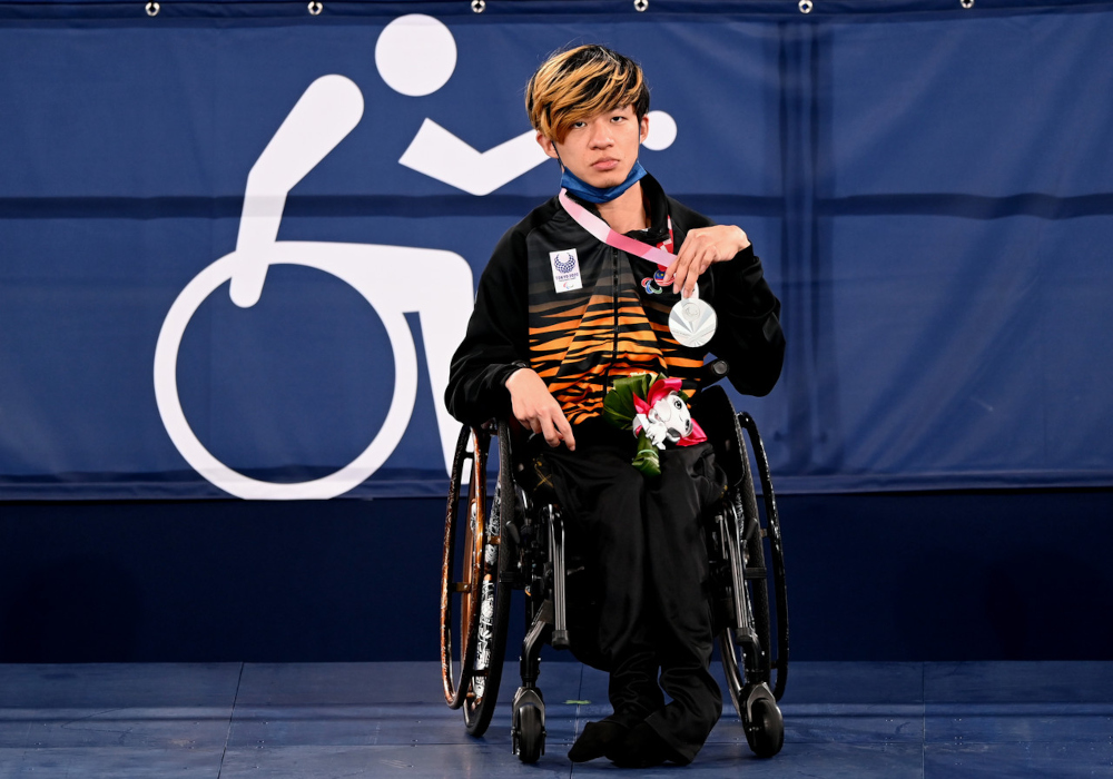 National Boccia athlete Chew Wei Lun won a silver medal after losing to Great Britain's Smith David in the Mixed Individual (BC1) category final at the Tokyo 2020 Paralympic Games at the Ariake Gymnastics Centre, September 1, 2021. — Bernama pic
