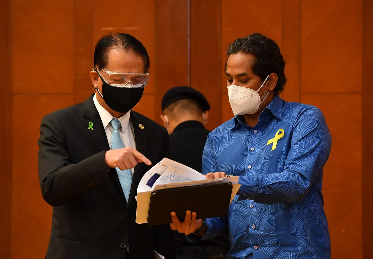 Health Minister Khairy Jamaluddin and Health director-general Tan Sri Dr Noor Hisham Abdullah at the Health Ministry in Putrajaya, September 9, 2021. — Bernama pic