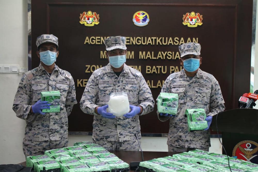 Johor MMEA director First Maritime Admiral Nurul Hizam Zakaria said operatives from the agency's Batu Pahat Maritime Zone with part of the syabu haul worth RM1.95 million. — Picture courtesy of Johor MMEA