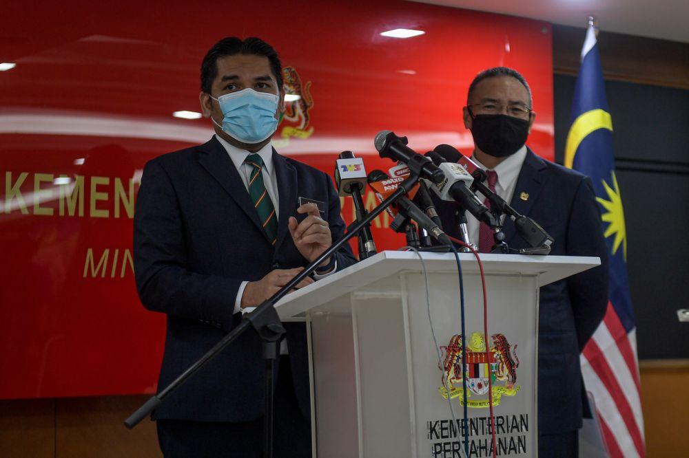 Education Minister Datuk Mohd Radzi Jidin speaks during a press conference with Defence Minister Datuk Seri Hishammuddin Hussein at Wisma Pertahanan in Kuala Lumpur September 15, 2021. — Bernama pic