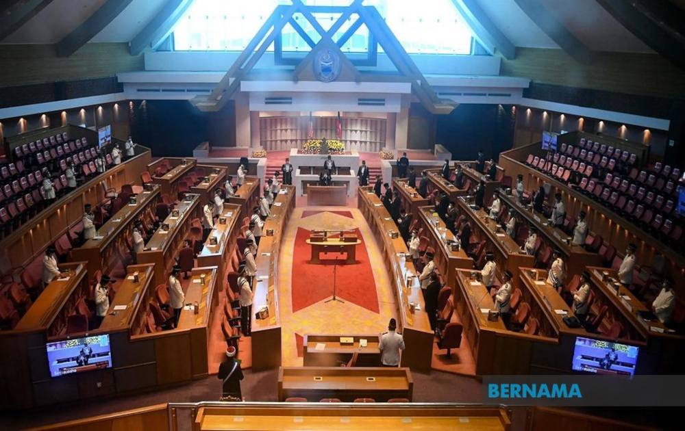 Sabah Chief Minister Datuk Hajiji Noor, who is also Sabah Finance Minister, said as a commitment to the 'Malaysian Family' concept, the state government would channel a one-off 'Sentuhan Kasih' assistance to all 73 Sabah State Assembly constituencies with an allocation of RM7.3 million. — Bernama pic