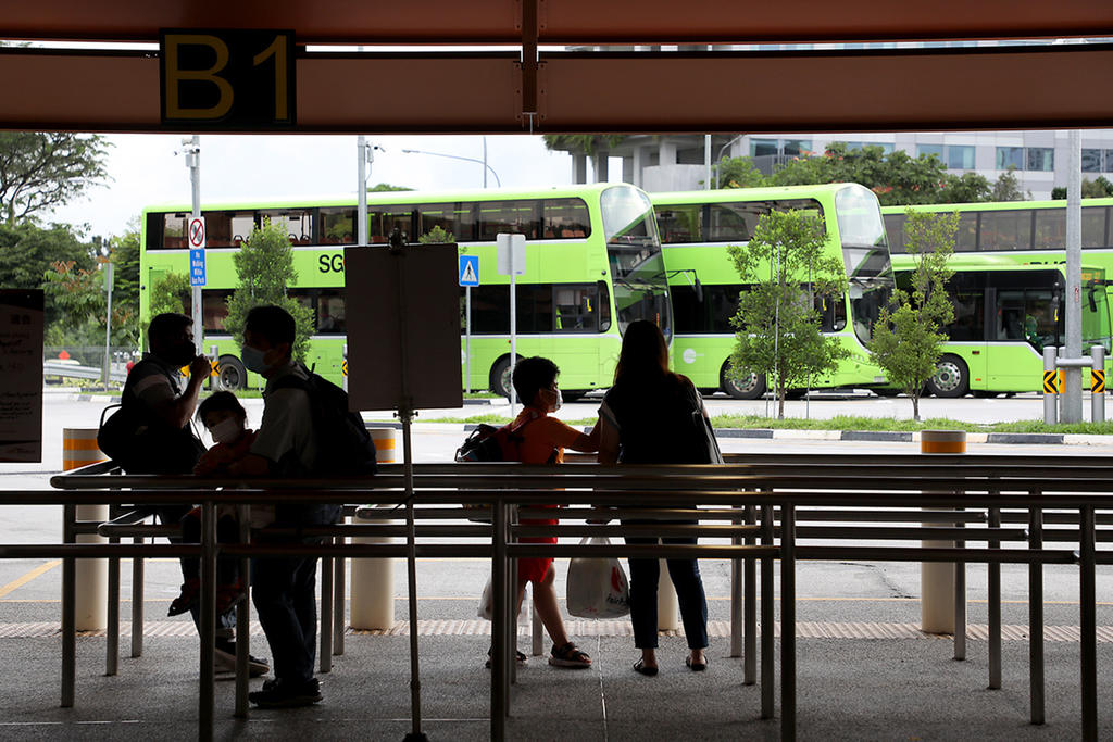 Of the day's new locally transmitted cases, 30 have been linked to the bus interchange clusters, bringing the tally there to 504. ― TODAY pic