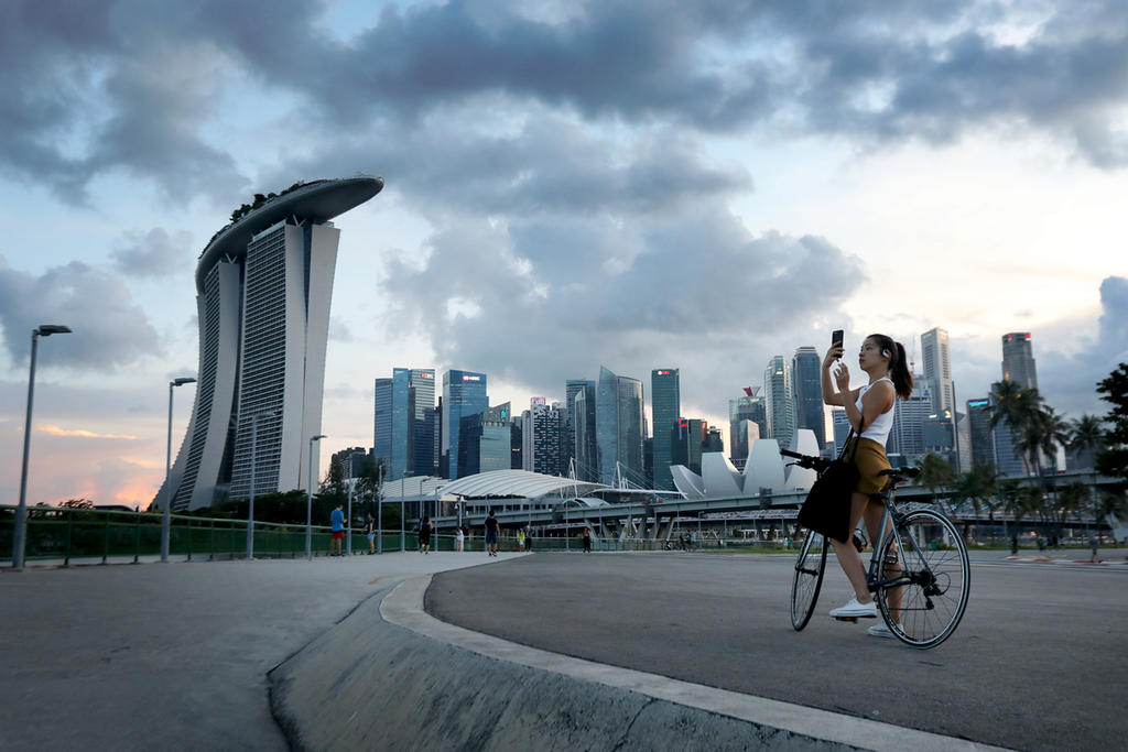 The Institute of Policy Studies did a survey with about 2,000 Singaporeans and permanent residents on national identity and pride, and to explore people's general perceptions of Singapore. — TODAY pic