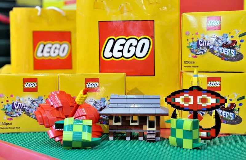 Danish toy maker Lego has announced it will work to remove gender stereotypes from its toys after a survey found attitudes to play and future careers remain unequal and restrictive. — Bernama pic
