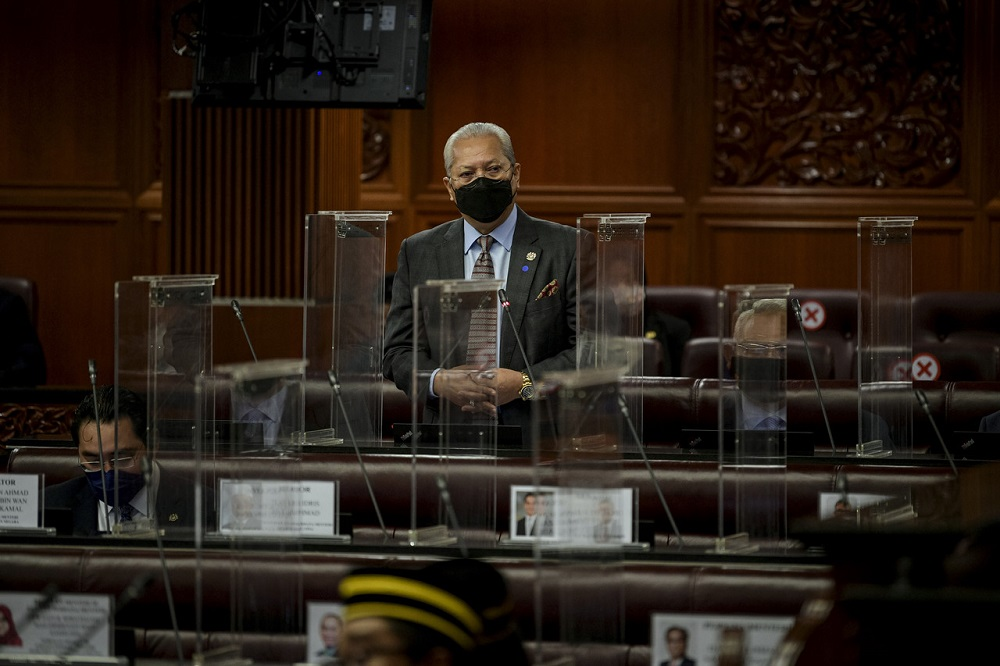 Communications and Multimedia Minister Tan Sri Annuar Musa speaks during the oral question and answer session at Dewan Negara today, October 7, 2021. ― Bernama pic