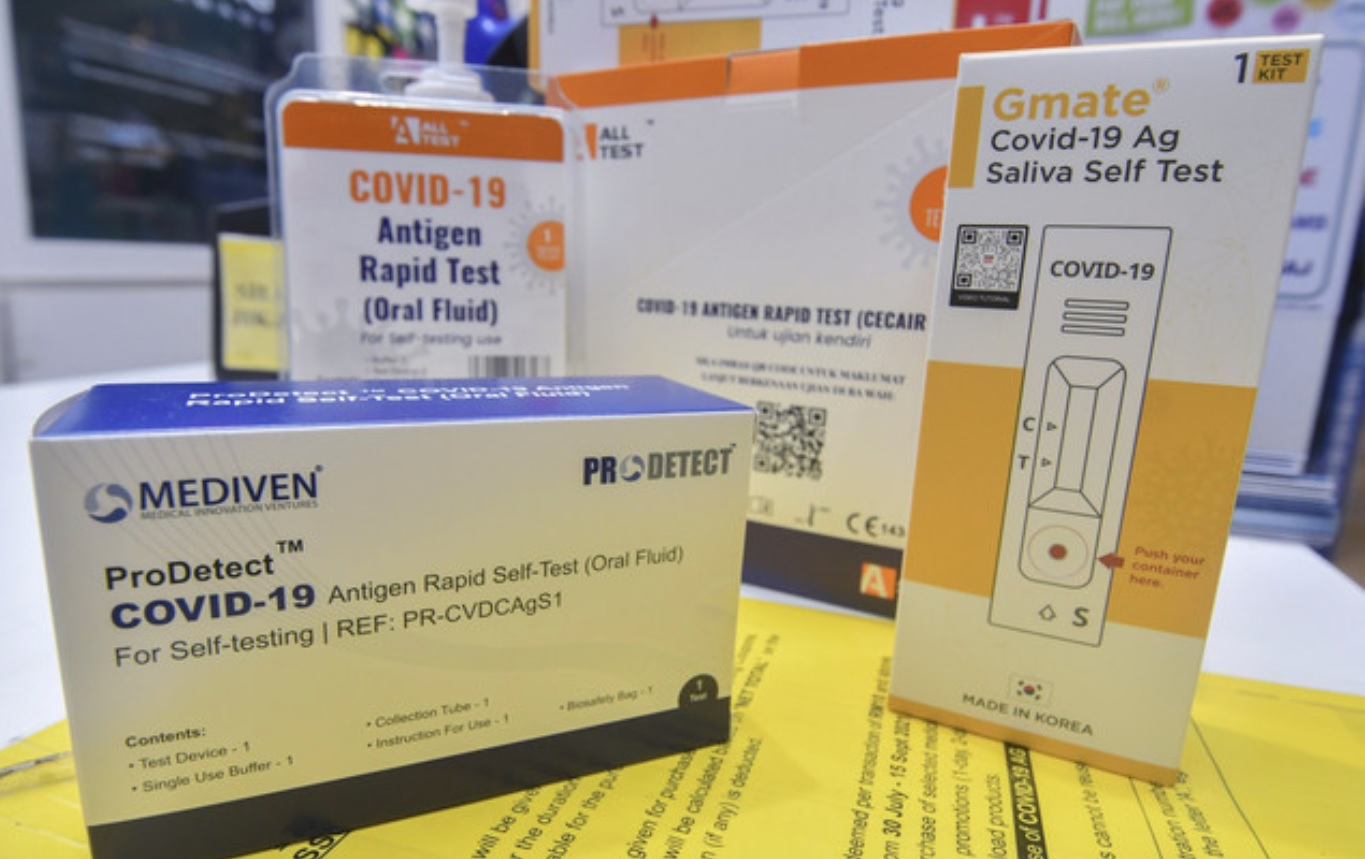 Picture shows some of the Covid-19 self-test kits available on the market. — Bernama pic