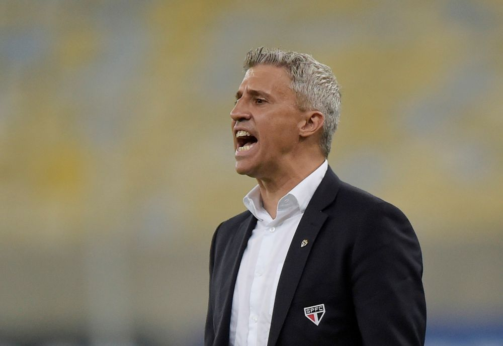 Sao Paulo coach Hernan Crespo reacts during the match against Fluminense at Estadio Maracana, Rio de Janeiro September 12, 2021. — Reuters pic