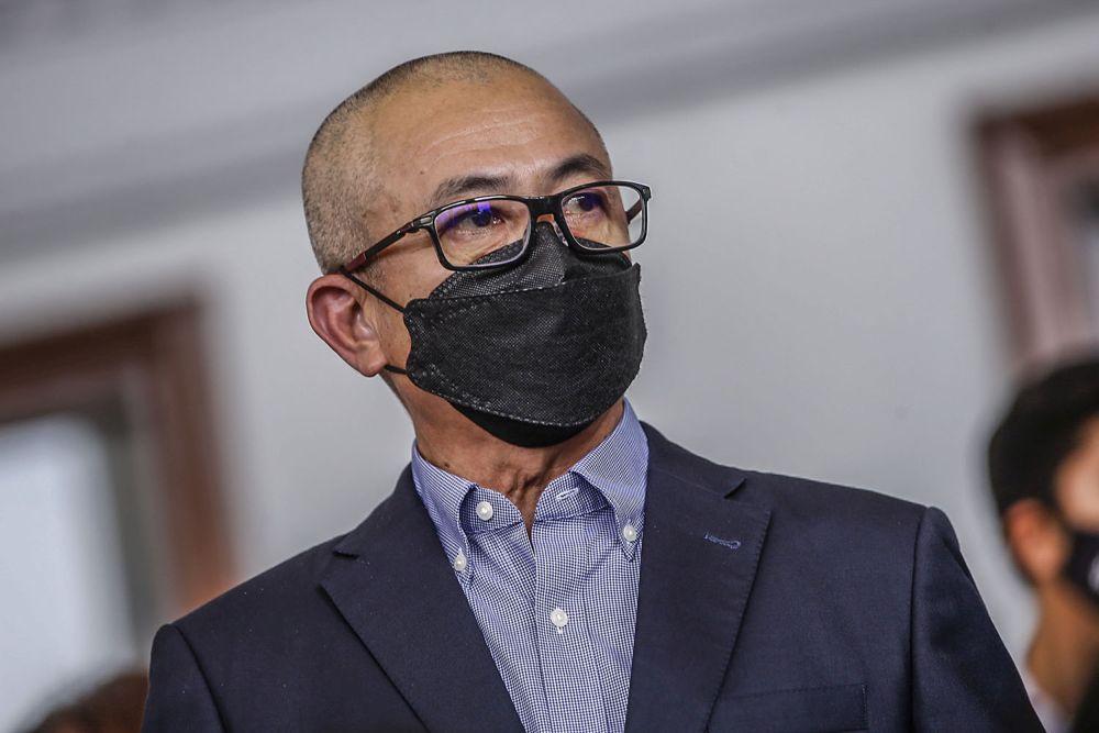 罗兹曼周四在吉隆坡地庭面控,但他否认有罪。-Hari Anggara摄-