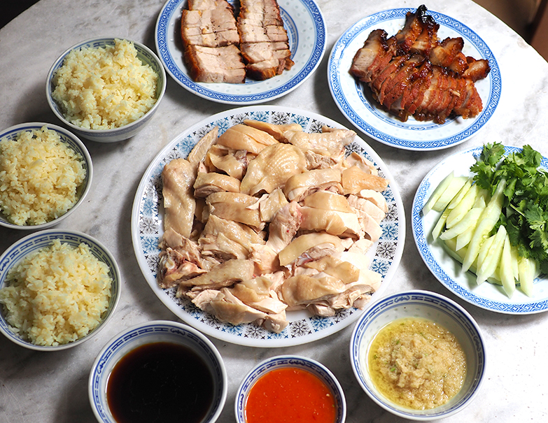 The highlight at this coffee shop is Peel Road Wei Kee Chicken Rice where they serve juicy, smooth poached chicken. — Pictures by Lee Khang Yi