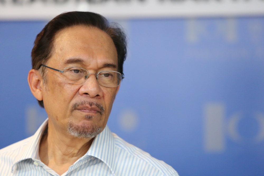 If Anwar's bid today is successful, it could result in his immediate release from prison with the nullification of his conviction and sentence. — Picture by Choo Choy May