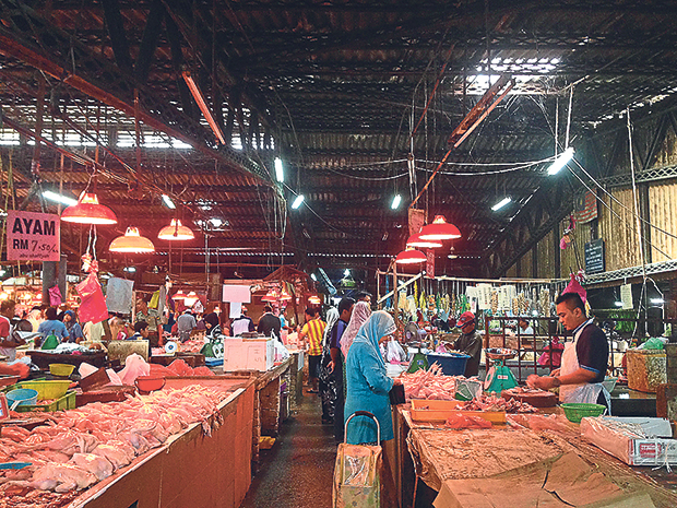 Pasar Dato' Keramat is very popular among the city's Malay community for its availability of Malay cooking ingredients