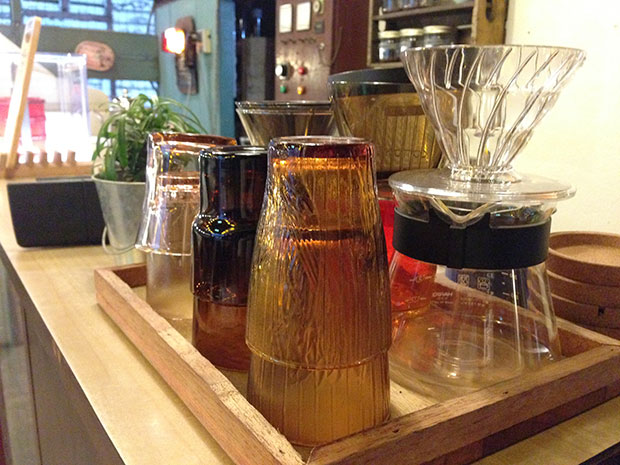 Lee Hai Oh uses the Hario V60 for his hand drip coffees.