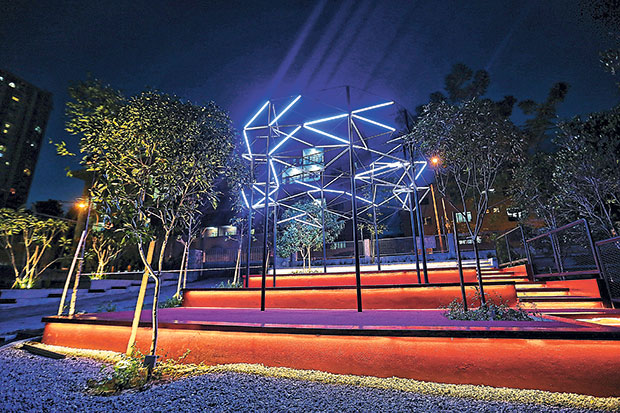 Bolt, a light installation by Ong, when lit up at night. — Pictures by Choo Choy May and Saw Siow Feng